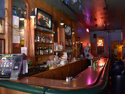 America's best dive bars Image