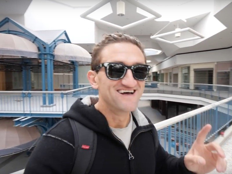 plans holiday YouTuber  shares for Casey Neistat Northridge