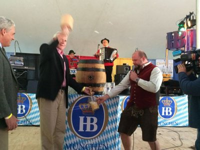 MKE Oktoberfest kicks off with free beer and the promise of a fun-filled weekend