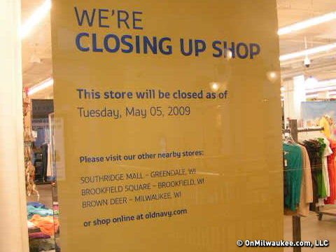 cdb201ebe3fd Old Navy at Shops of Grand Avenue closing May 5 - OnMilwaukee