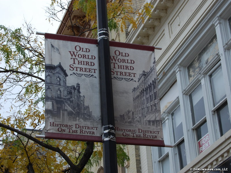 Old World Third Street bar guide Image