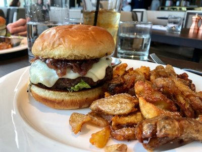 On the Burger Trail: The Prime Burger at Stella Van Buren
