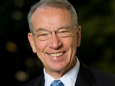Iowa Sen. Chuck Grassley has an, interesting, if slightly distracting, Twitter style.