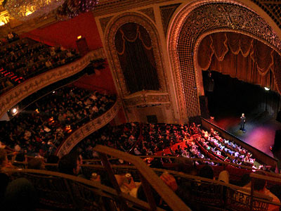 Onmilwaukee Com Buzz Milwaukee Face Off Pabst Theater Vs