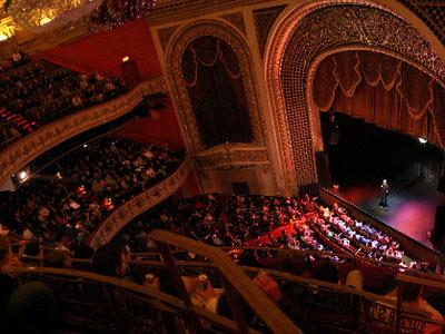 Onmilwaukee Com Buzz Milwaukee Face Off Pabst Theater Vs