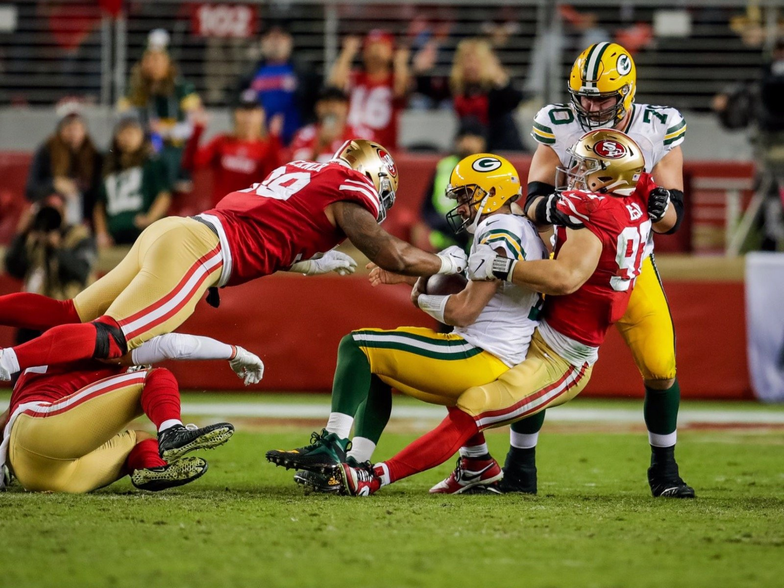 9 Great Images From The Packers Very Not Great Game Against The 49ers