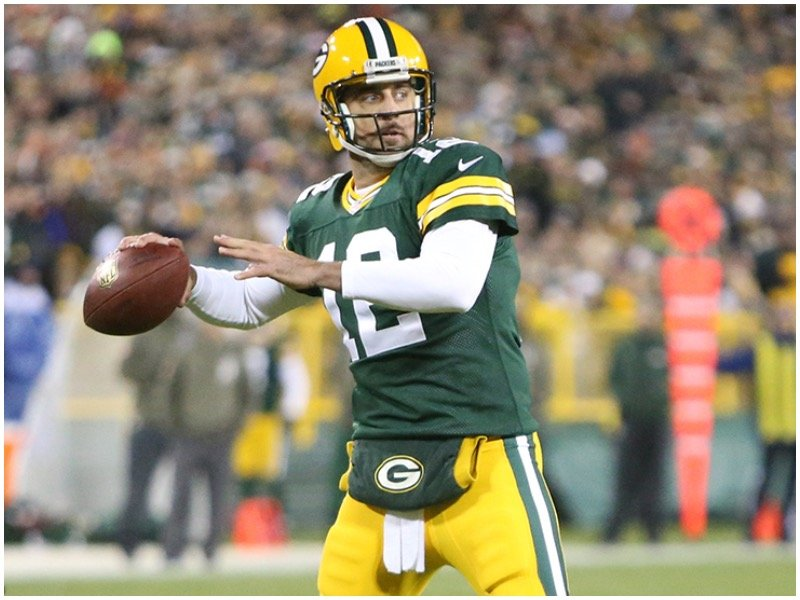 1 Tweet That Indisputably Proves Aaron Rodgers LOVES Clickbait