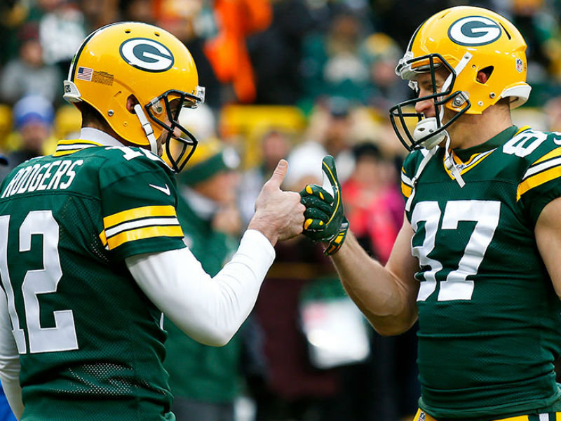 promo code d4e14 737fb Who's got two thumbs and is very happy to have Aaron Rodgers ...