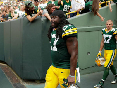 Is free agent Eddie Lacy's pool workout rehab video a message to Packers, NFL?