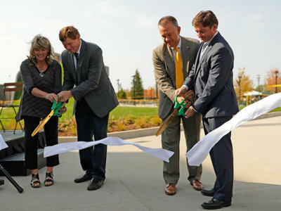 Check out Packers' new Titletown park, which is now open for activities