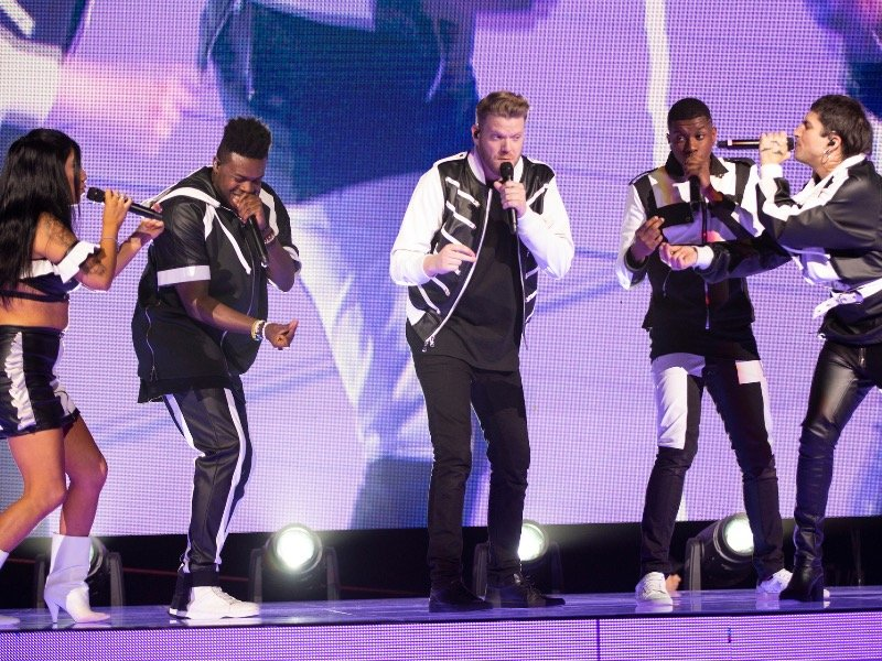 6 great moments from Pentatonix's aca-mazing show at Fiserv Forum