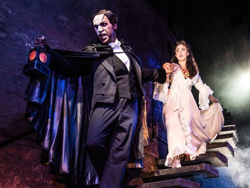 phantom of the opera still casts a haunting spell at the marcus center onmilwaukee. Black Bedroom Furniture Sets. Home Design Ideas