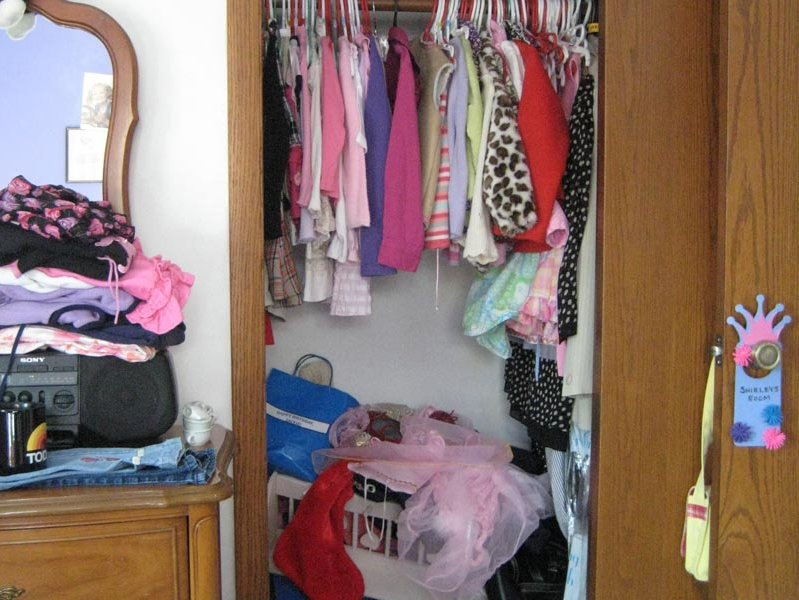 A Before Shot Of Closet Tackled By Jenny Ruky Owner Mighty Organized