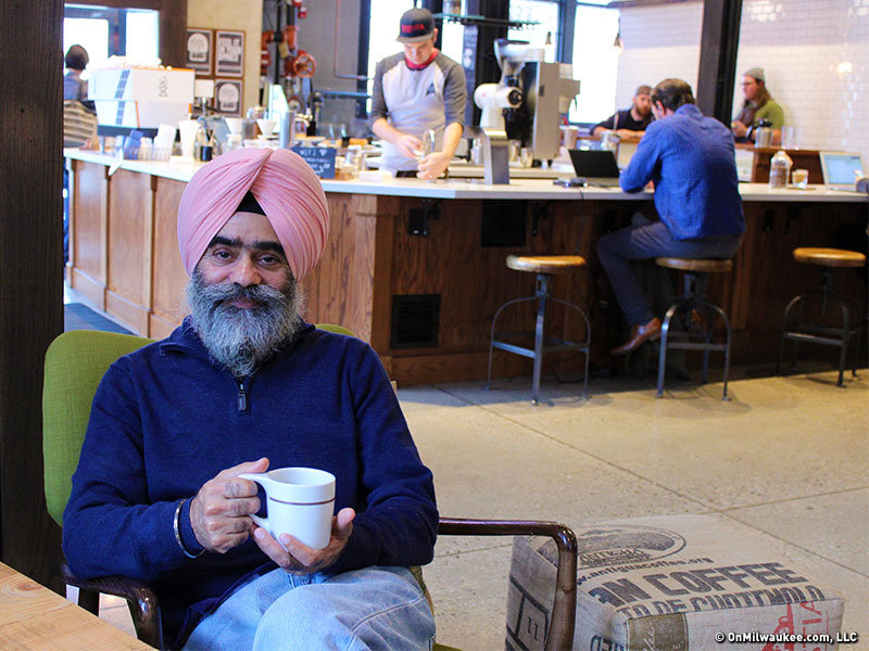 Manminder Sethi Is The Owner Of Punjabi Accent Milwaukee S First Indian Food Truck