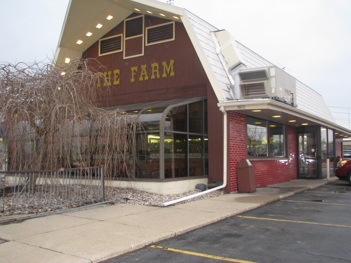 The Farm In Racine Dishes Up Good Midwestern Eats Family Style