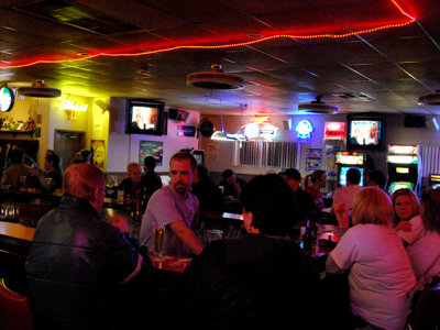 Ray and Dot's: Hole-in-the-wall or classic Milwaukee tavern?