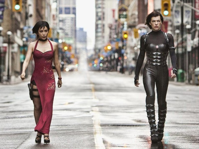 "Bingbing Li and Milla Jovovich in ""Resident Evil: Retribution."""