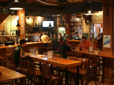 Milwaukee's best restaurant bar, 2011: Milwaukee Ale House