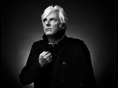 Talking cats, Nashville and music with Robyn Hitchcock Image