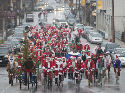 Hundreds of Santas to cycle for spirits, support and ska