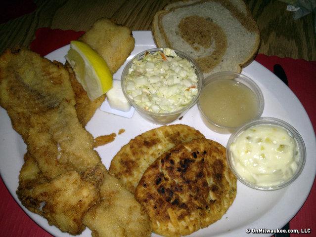 A schwabenhof fish fry debut onmilwaukee for Best fish fry in milwaukee