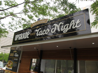 Mobile taco bar launches tour in Milwaukee