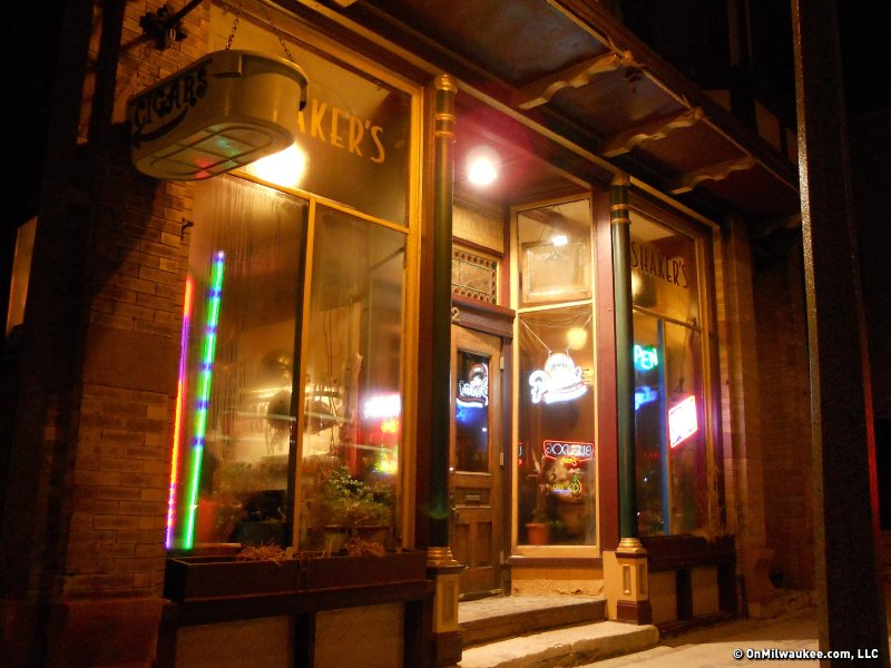 Shakers Cigar Bar Combines Old World Atmosphere And Even Older