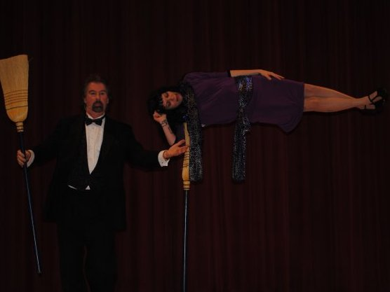 David Seebach levitated me onstage in a 2010 magic show. I will take the secret of the trick to my afterlife.