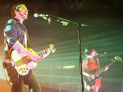 Silversun Pickups mesmerize The Rave