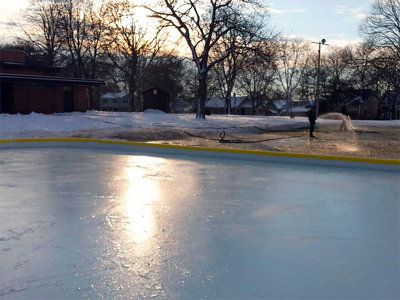 Center Street rink opens Image