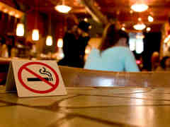 Sniffing out Milwaukee's smoke-free bars Image