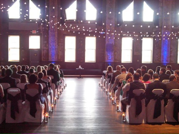 Social circle best place in milwaukee to get married for Where is the best place to register for a wedding