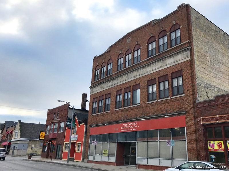 Architect Leon M. Gurda Designed This Three Story Retail Building For  Branta Rechlicz Furniture In 1921.