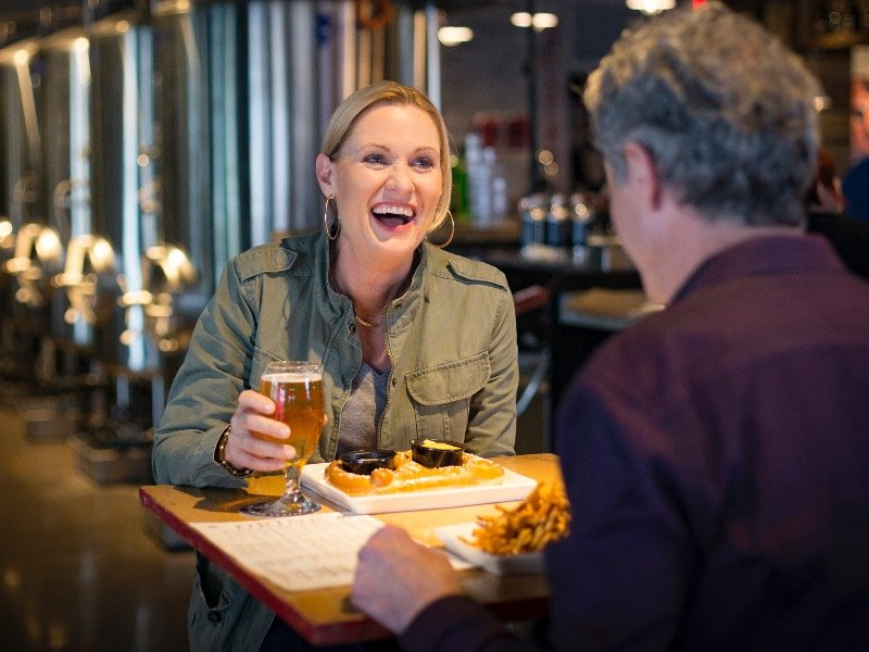 Eating Our Way Through Wisconsin Film_18 >> Wisconsin Breweries Say Cheers With The Beer State Onmilwaukee