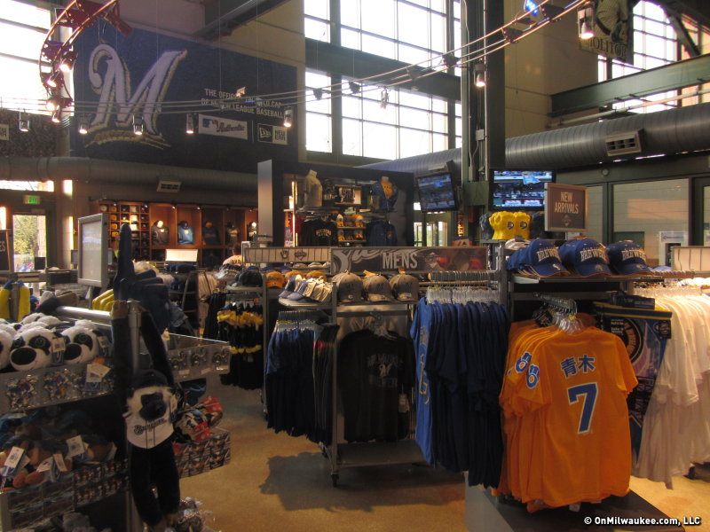 2f83d27827de53 Gear up: Milwaukee has variety of ways to support your team ...