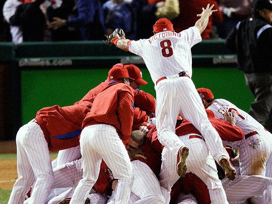 Which sport requires the most teamwork? - OnMilwaukee  Teamwork