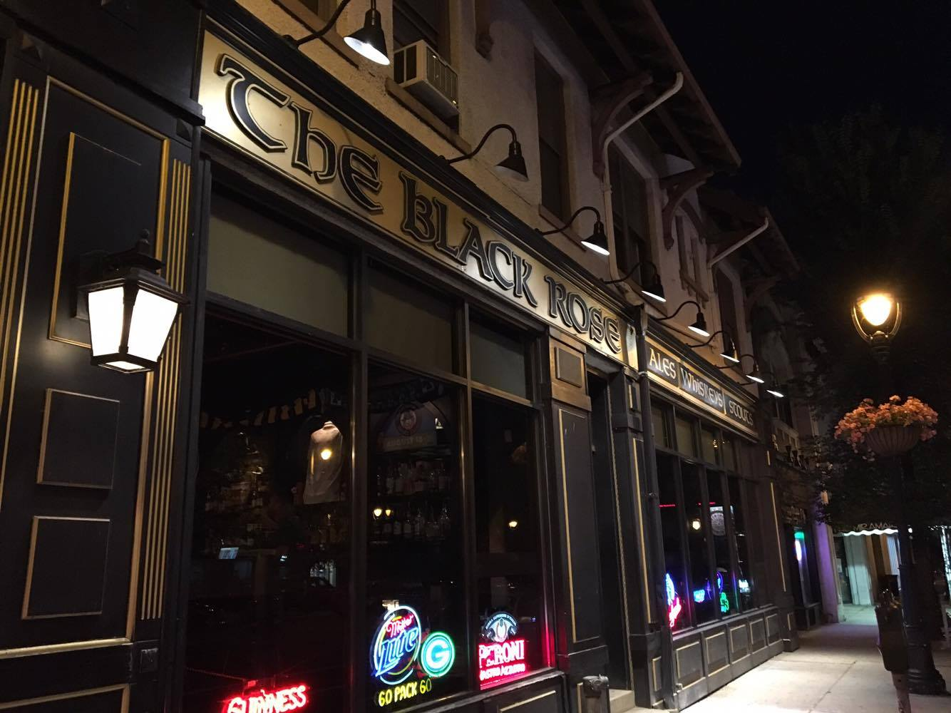 20 places where you can enjoy trivia night onmilwaukee