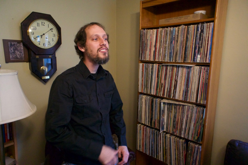 Vintage stereo equipment finds new life through Milwaukee's