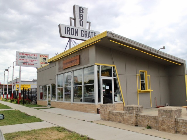 Perfect Owner And Chef Aaron Patin Says He Estimates Iron Grate Did Nearly 200  Covers Over The Lunch Hour, Before Settling Into A Pleasant Afternoon Lull.