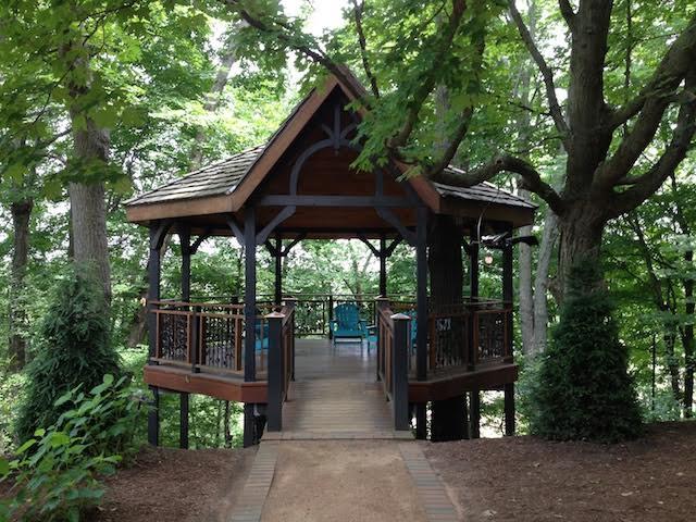 15 enchanting photos from Bookworm Gardens - OnMilwaukee