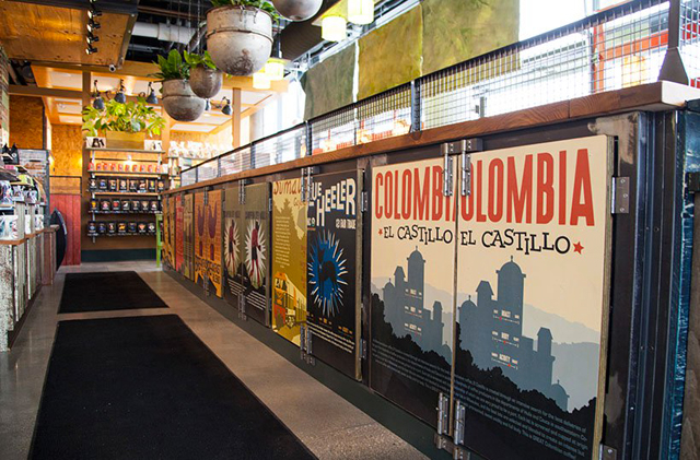 9de62234 The shop will also pour Colectivo's own beers, as well as serve sandwiches  and pastries. The location also includes floor-to-ceiling storefront  windows that ...