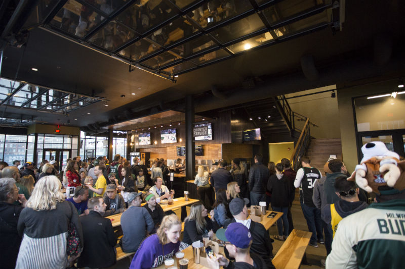 Your guide to dining, drinking and cheering on the Bucks at Deer