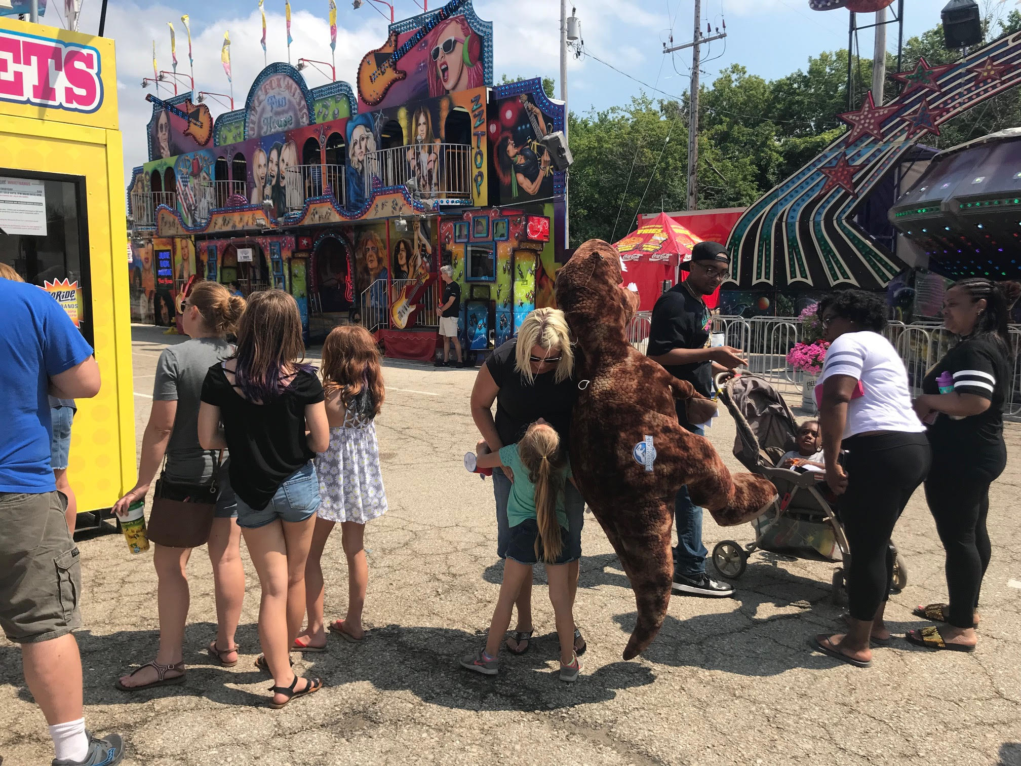 What\'s the largest stuffed prize at the Wisconsin State Fair ...