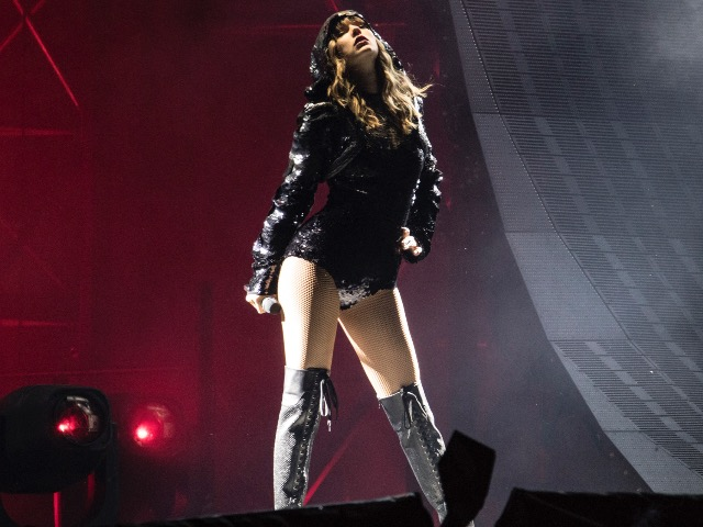 10 reasons you should have made the drive to see Taylor Swift in