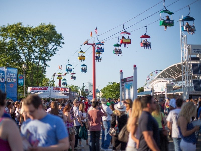 Veggie Alternatives At Brat Fest >> Summerfest Announces Its Special Attractions And Family Activities