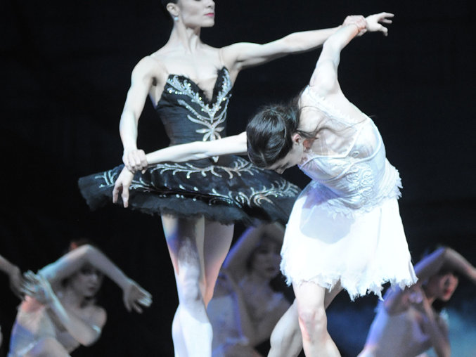 "Luz San Miguel and Valerie Harmon in Milwaukee Ballet's ""Swan Lake."""