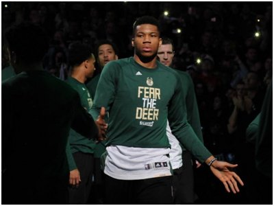 LISTEN: Did the Bucks miss their playoff moment? Image