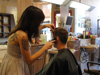 Cutting Group offers high-end haircuts at discount prices