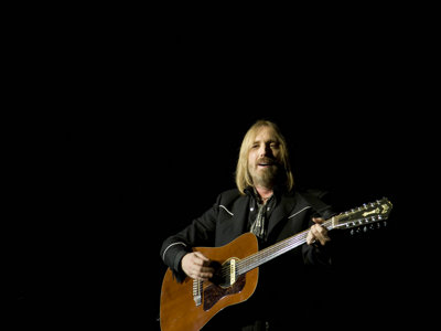 Tom Petty to headline