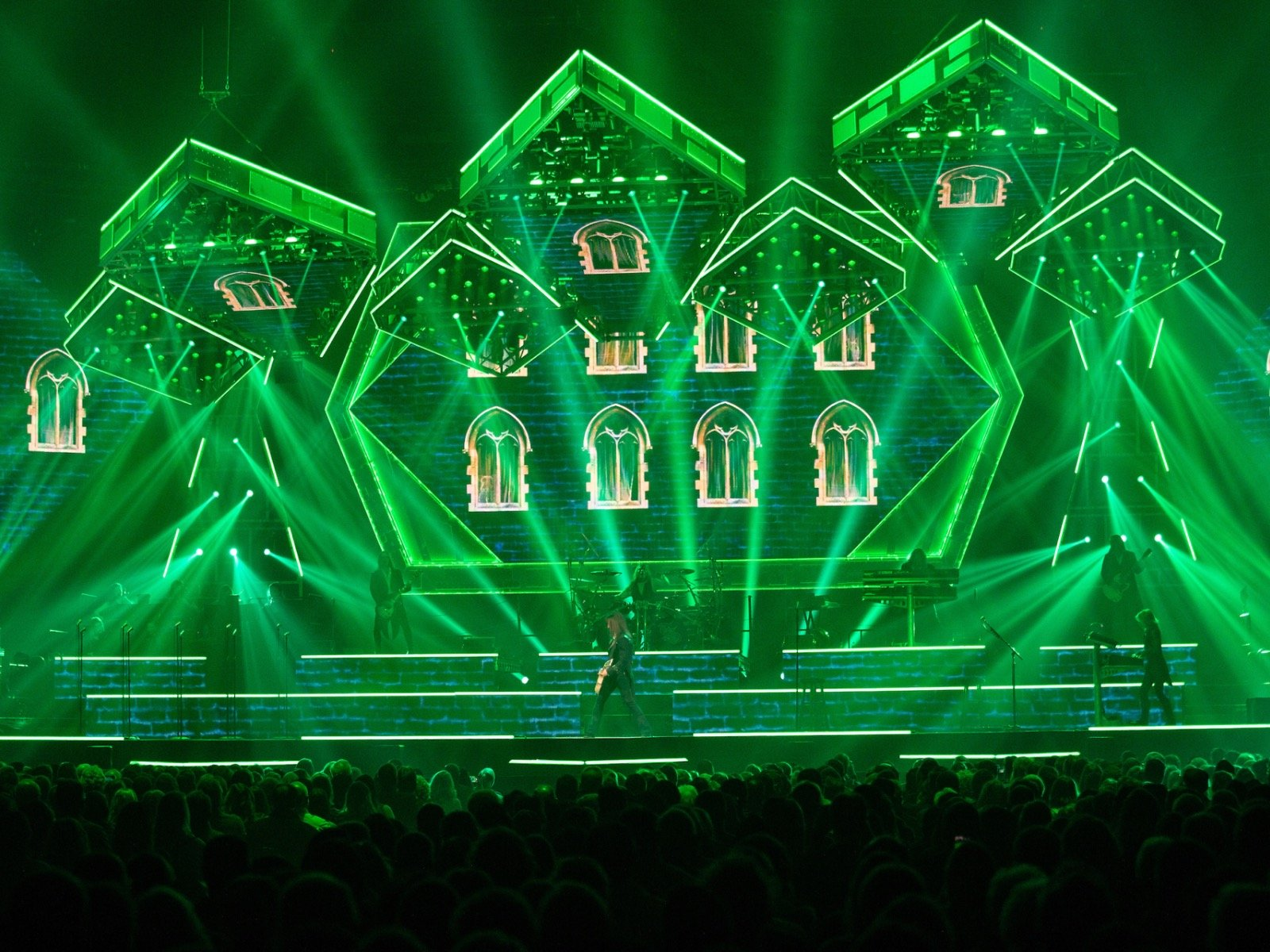 Trans Siberian Orchestra Christmas In Milwaukee 2020 5 reasons you shouldn't have missed Trans Siberian Orchestra's